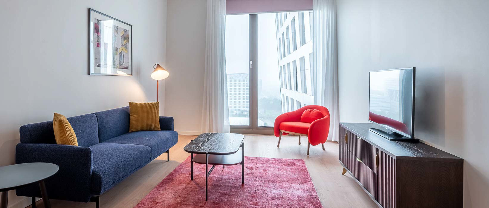 Lounge area in one the PREMIER SUITES apartments in Amsterdam